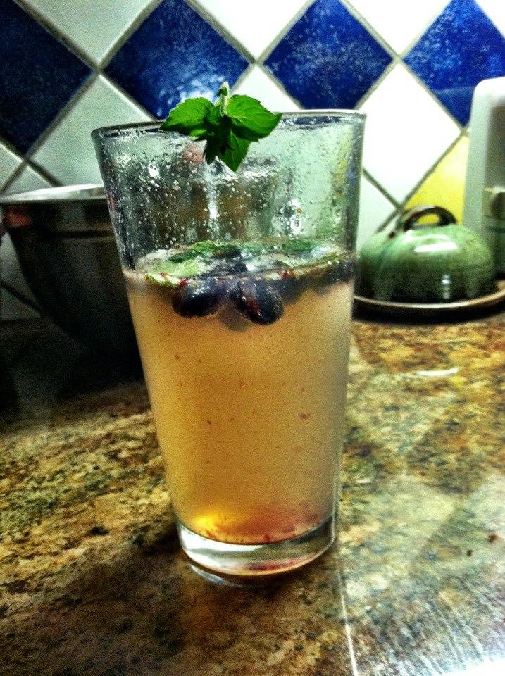 blueberry-lavender-mojito