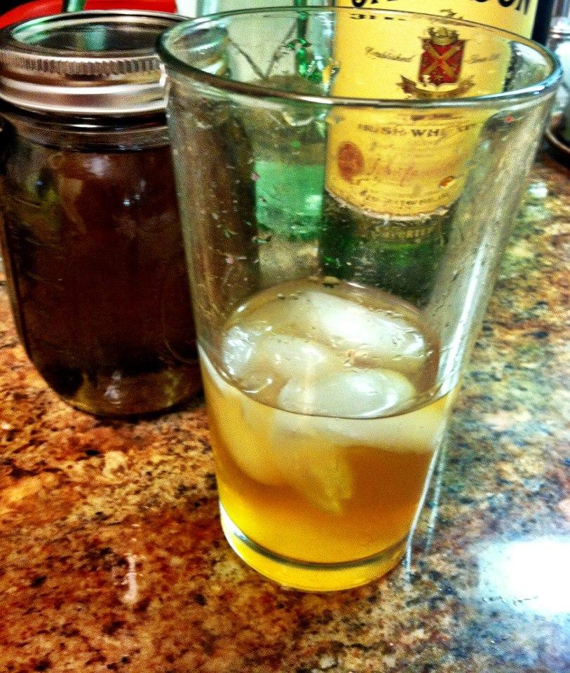 lavender-whiskey-sour