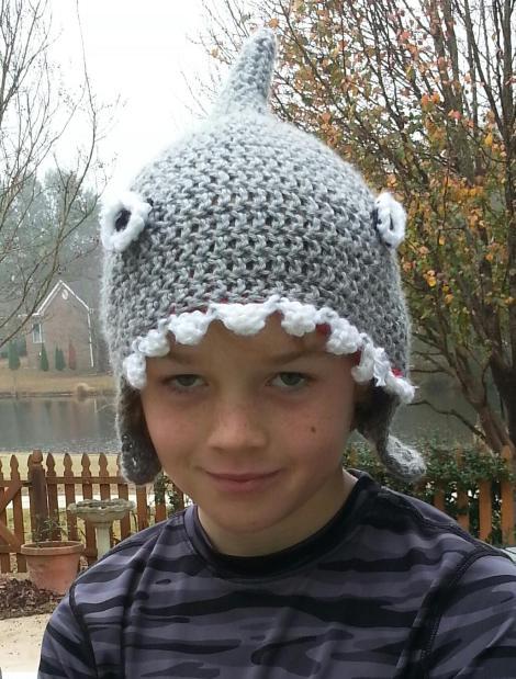 shark-hat